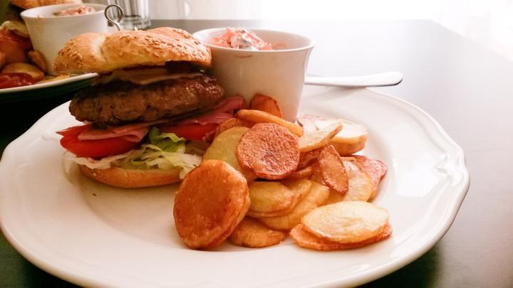 LSburger.jpg